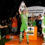 Dan Murray lifts the Setanta Sports Cup in 2008