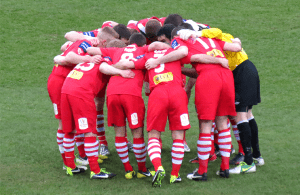 Red Kit Huddle